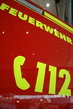 Die Feuerwehr ist Hauptaussteller auf der Blaulichtmeile - Foto: Red