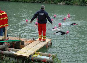 Uwe Eichelkraut startet die Kurzstreckenschwimmer - Foto: JPH/Archiv