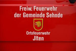 Nur in Ilten streute die Feuerwehr - Foto: JPH
