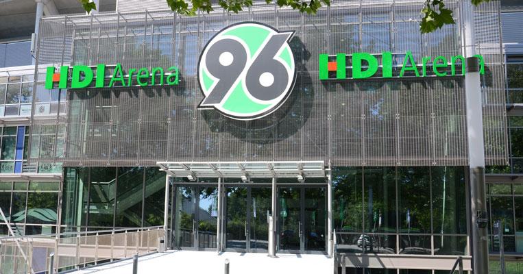 Neuer Werbepartner bei Hannover 96 - Foto: JPH