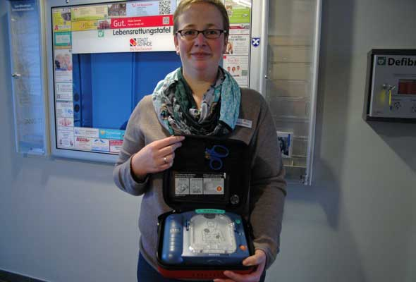 Werbetafel Defibrillator