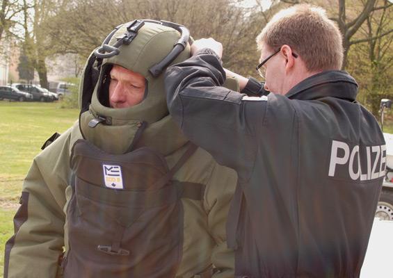 """Die Spezialisten fanden keine """"Bombe"""" - Foto: JPH/Archiv"""