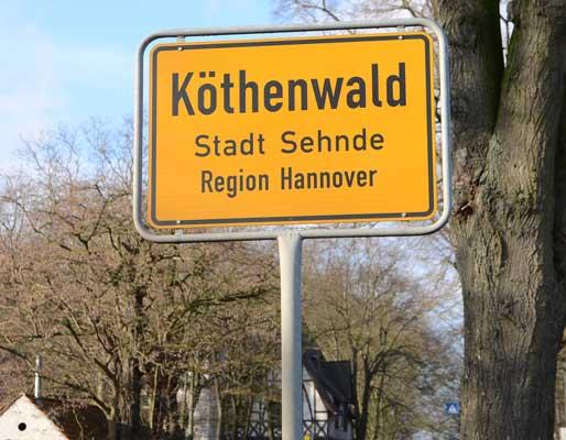 In Köthenwald sind knapp 100 Flüchtlinge angekommen - Foto: JPH