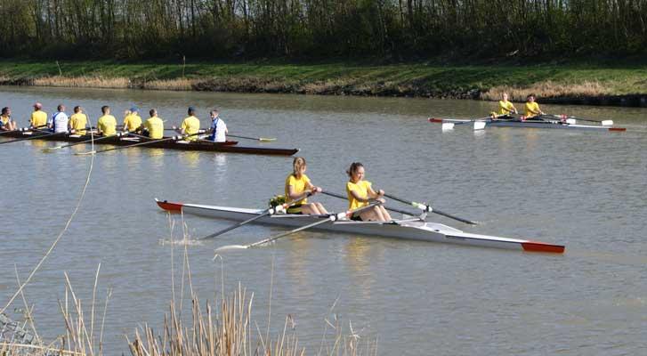 Auch die Bootsparade auf dem Kanal gehörte wieder dazu - Foto: Silke Kardinal