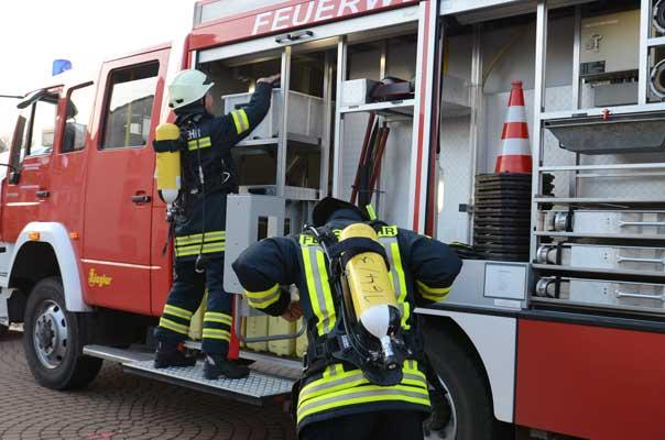 Die Feuerwehr war schnell am Brandort - Foto: JPH/Archiv