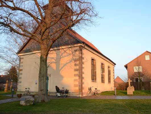 In der Kirche in Wehmingen beginnt das Familienfest - Foto: JPH