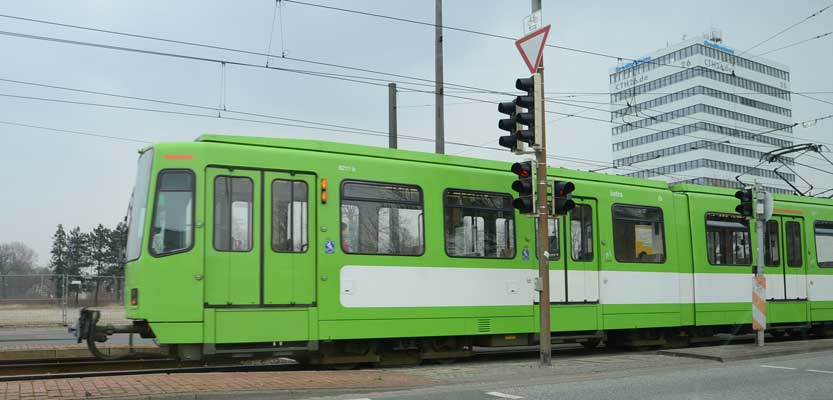 Die Stadtbahnen fahren nur bis Nackenberg - Foto: JPH