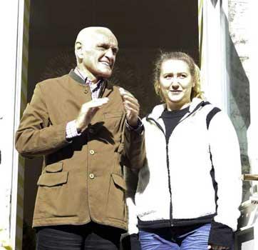 96-Präsident und Vorsitzender der Wahren Dorff Freunde suchte das Gespräch an diesem Tag - Foto: LAK