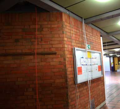 Die Brandmeldeanlage wird in der ganzen Schule langfristig erneuert - Foto: JPH
