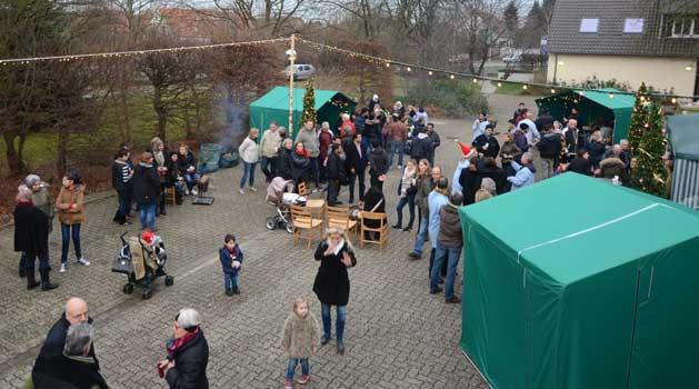 """Der kleine """"Festplatz"""" beherbergte viele Besucher - Foto: SN"""