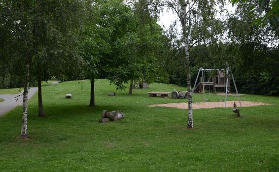 Der Spielplatz steht absolut leer deswegen - Foto: JPH