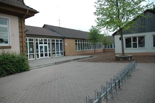 Auch die Grundschule Höver soll zügig den Ganztagsbetrieb aufenhmen - Foto: JPH