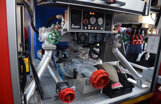 Das Kernstück des MLF: der Fahrstand des Maschinisten mit der selbstfahrenden Pumpe - Foto: JPH